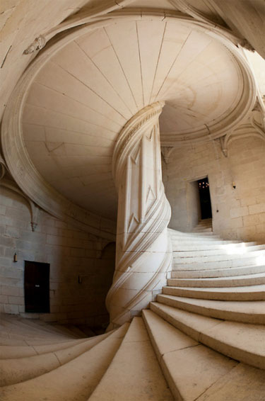 ChambordStaircase3
